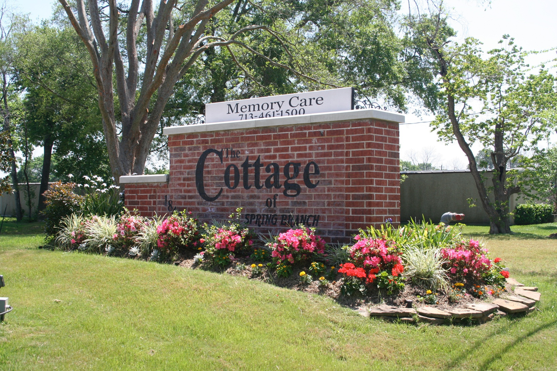 The Cottage of Spring Branch Front Sign